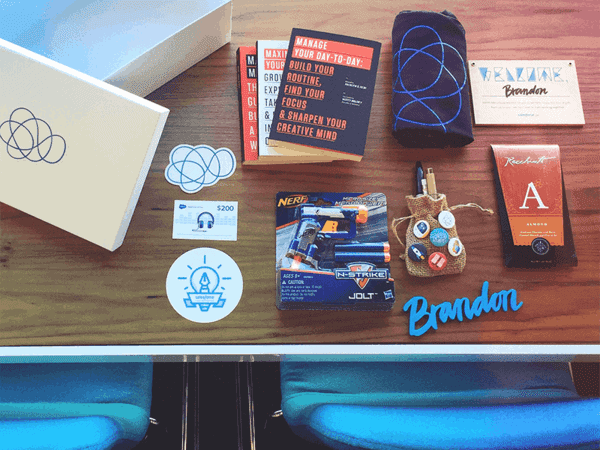 welcome kits are a great way to make your onboarding awesome at work